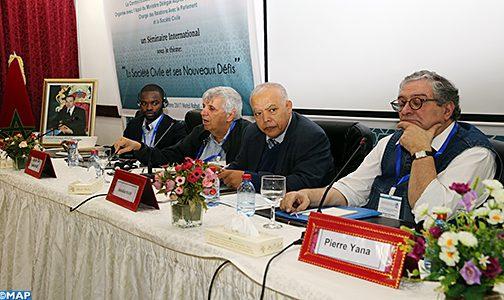 نجاح النموذج التنموي المغربي رهين بالاعتراف بالمجتمع المدني وانخراطه
