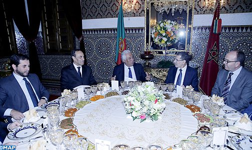 جلالة الملك يقيم مأدبة عشاء على شرف الوزير الأول البرتغالي