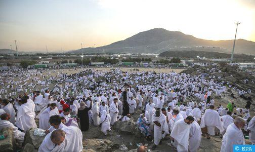 السعودية تسمح للحجاج والمعتمرين بالتنقل خارج مكة وجدة والمدينة