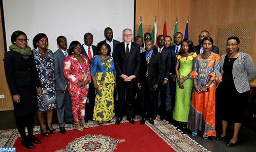 الرباط.. تسليم شهادات السلك الدولي للتكوين في الدبلوماسية لفائدة دبلوماسيين ينتمون لدول إفريقية