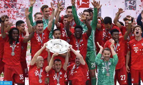 البطولة الألمانية لكرة القدم.. نادي بايرن ميونيخ يتوج بطلا للمرة السابعة على التوالي