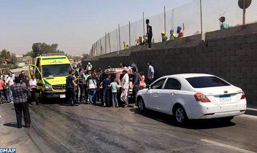 16 جريحا في تفجير استهدف حافلة سياحية عند المتحف المصري الكبير بمنطقة الأهرامات بالجيزة
