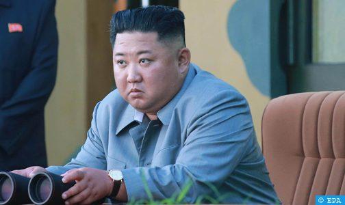 """بيونغ يانغ تقول إن كيم جونغ أشرف على اختبار """"راجمة صواريخ"""" فائقة الحجم"""
