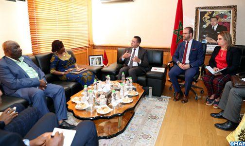 السيد الغراس يتباحث مع وزيرة شؤون خارجية سيراليون حول سبل تعزيز التعاون في مجالات التربية والتكوين المهني والتعليم العالي