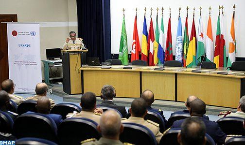 القنيطرة.. الكلية الملكية للدراسات العسكرية العليا تحتضن الدورة التكوينية الفرنكفونية الأولى للتخطيط الوطني لعمليات حفظ السلام