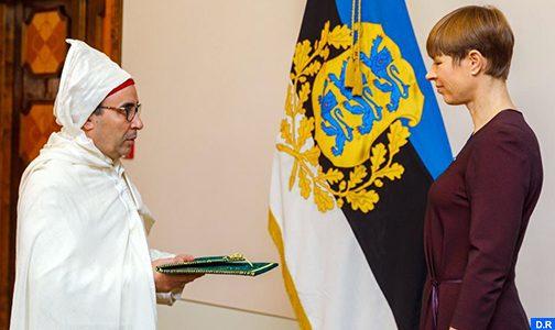 السيد محمد اشكالو يقدم أوراق اعتماده للرئيسة الإستونية