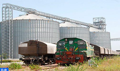النقل السككي للبضائع والمواد الأساسية والنقليات متواصل في ظروف إنسيابية