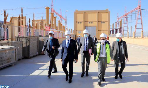 المكتب الوطني للكهرباء والماء الصالح للشرب يطلق مشروعا كبيرا لتعزيز التزويد بالطاقة الكهربائية في الأقاليم الجنوبية