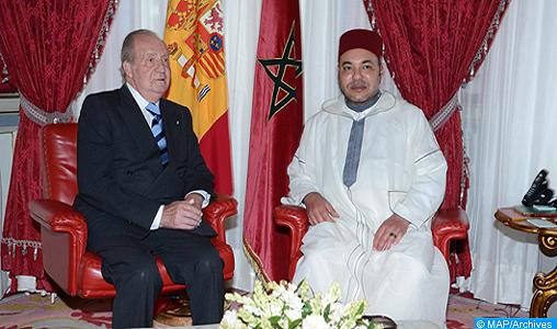 Accident ferroviaire en Espagne : SM le Roi exprime Ses vives condoléances au Roi Juan Carlos 1er lors d'un entretien téléphonique