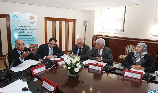 Les droits de l'enfant: Le Maroc a franchi des pas importants mais des défis restent à relever (rencontre)