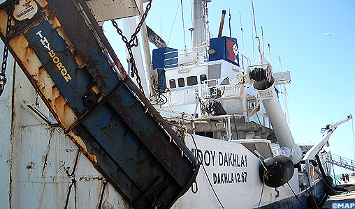 Collision entre un navire de pêche et un sardinier à Dakhla : une enquête enclenchée et les opérations de sauvetage se poursuivent (ministère)