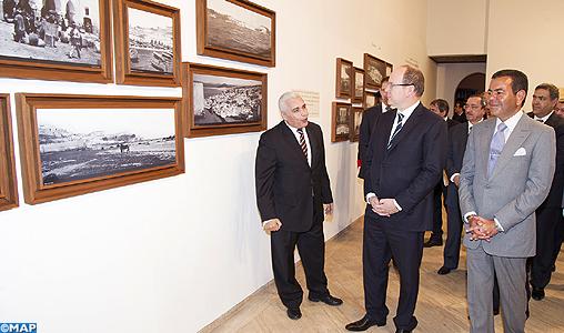 """SAR le Prince Moulay Rachid et SAS le Prince Albert II de Monaco inaugurent à Rabat l'exposition """"Le Prince Albert Ier de Monaco à la découverte du Maroc"""""""