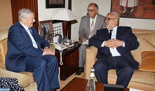 """M. Benkirane reçoit Georges Soros, Président des Fondations """"Open Society"""""""