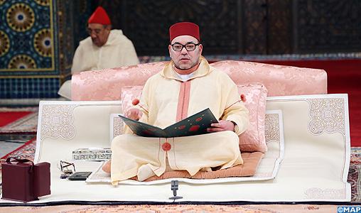 SM le Roi, Amir Al Mouminine, préside la cinquième causerie religieuse du mois sacré du Ramadan