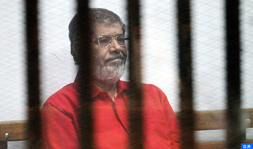 La justice décide d'annuler une peine de prison à vie pour l'ex-président Mohamed Morsi
