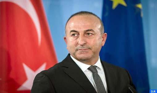 """La fermeture de la base militaire turque au Qatar """"totalement inacceptable"""" (MAE turc)"""