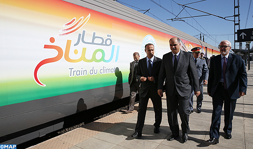 """Le """"Train du Climat"""" conçu par l'ONCF pour promouvoir la COP22 arrive à Fès"""