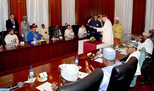 SM le Roi et le Chef de l'Etat nigérian président la cérémonie de lancement d'un partenariat stratégique pour le développement de l'industrie des engrais au Nigéria