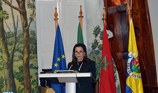 Mme Benyaich met en avant à Sintra les opportunités d'affaires et d'investissement au Maroc