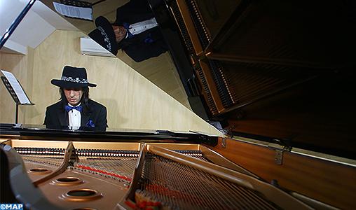 Mohamed Chabab, le jeune virtuose marocain du piano qui s'illustre