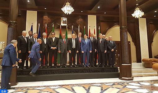 """La Conférence ministérielle du Dialogue """"5+5"""" réaffirme la centralité de l'Accord politique de Skhirat en tant que """"seul cadre viable"""" pour le règlement de la crise libyenne"""