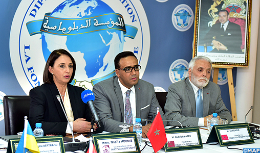 La gauche connait actuellement une crise d'existence aussi bien au niveau national qu'international (Mme Mounib)