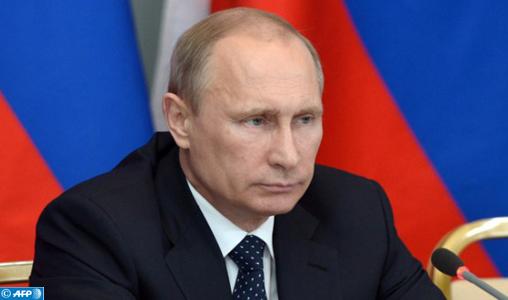 """Russie: Poutine estime que de nouvelles frappes occidentales contre la Syrie provoqueraient """"le chaos"""""""