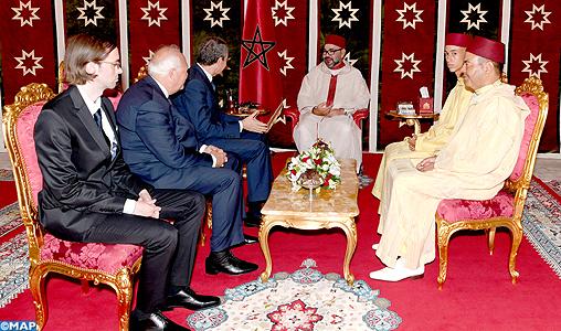 SM le Roi reçoit à Tanger MM. José Luis Rodriguez Zapatero et Miguel Angel Moratinos