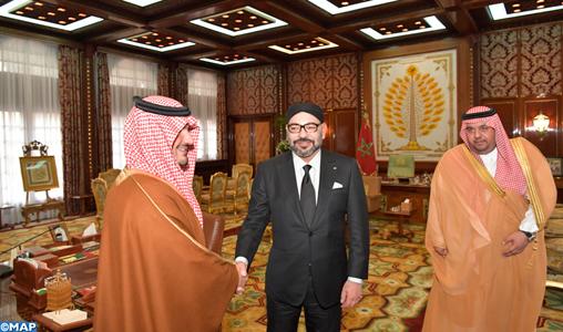 SM le Roi reçoit le ministre saoudien de l'Intérieur, SAR le Prince Abdelaziz Ben Saoud Ben Nayef Ben Abdelaziz