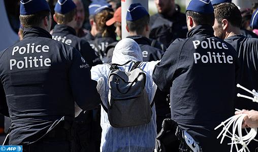Terrorisme: Un Belgo-algérien écope de 17 ans de prison, déchu de sa nationalité belge
