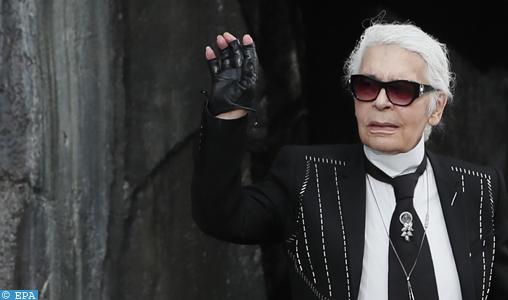 Le créateur de mode Karl Lagerfeld tire sa révérence