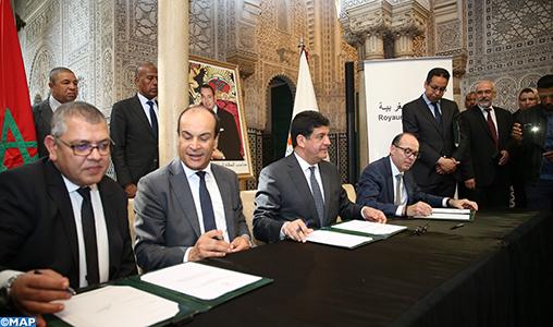 Casa-Settat : Signature de deux conventions pour la création d'une zone industrielle et l'amélioration des services en milieu rurale