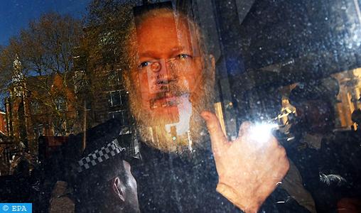 Le fondateur de WikiLeaks reconnu coupable d'avoir violé les conditions de sa liberté provisoire (justice britannique)