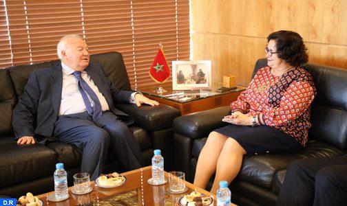 La promotion des valeurs de diversité culturelle et du dialogue interreligieux au cœur des discussions entre Mme Akharbach et M. Moratinos