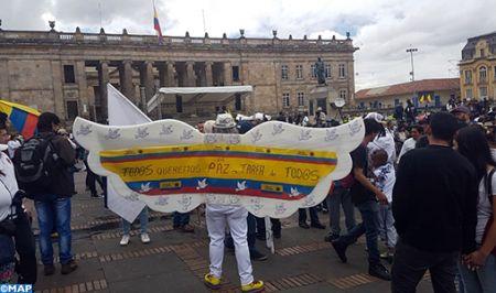Colombie: l'affaire Santrich divise opposants et partisans du processus de paix