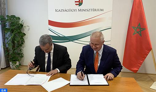 Signature à Budapest de deux accords de coopération judiciaire entre le Maroc et la Hongrie