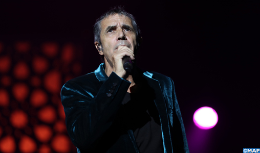 L'atemporel Julien Clerc chante et enchante à Mawazine