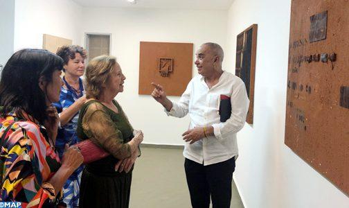 Vernissage à Brasília d'une exposition du plasticien marocain Hassan Bourkia