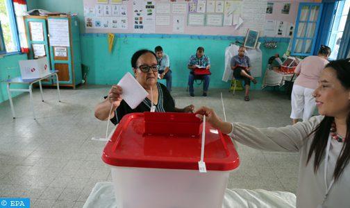 Tunisie: Atmosphère calme et respect des procédures dans les bureaux de vote (observateurs)