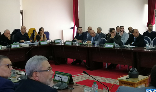 """Réunion sur l'état d'avancement du programme """"Al Hoceima Manarat Al Moutawassit"""""""