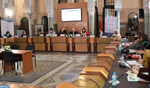 Le leadership féminin et l'engagement des femmes pour la consolidation de la paix dominent un séminaire à Rabat