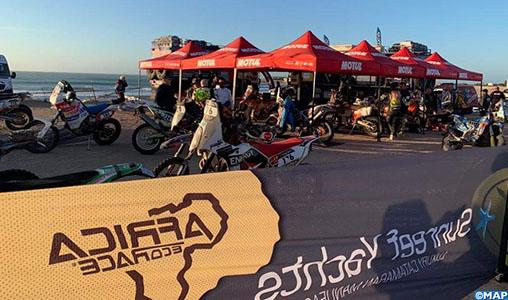 """Les participants à la 12ème édition du rallye """"Africa Eco Race"""" font escale à Dakhla"""