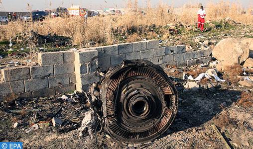 """Crash en Iran: l'armée reconnait avoir touché l'avion """"par erreur"""""""