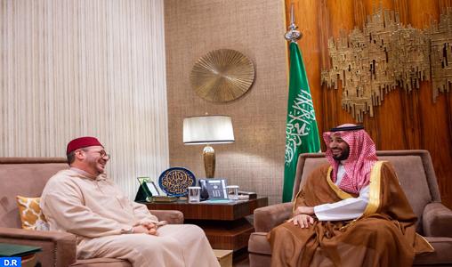 Le Prince Héritier d'Arabie Saoudite reçoit à Riyad le Conseiller de SM le Roi, M. Fouad Ali El Himma, qui lui a transmis un message verbal de Sa Majesté le Roi Mohammed VI