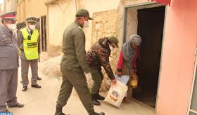 Covid- 19 : Distribution à Khénifra de denrées alimentaires au profit de 1000 familles à faible revenu