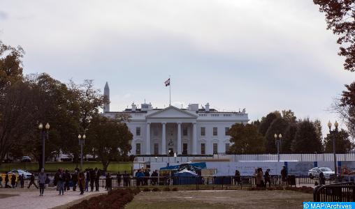 COVID-19: la Maison Blanche envisage un assouplissement des mesures de distanciation sociale