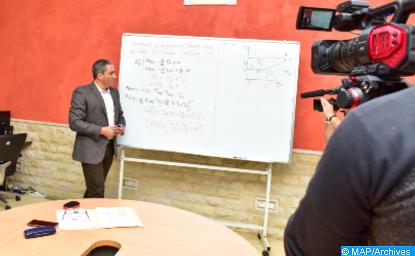 El Kelâa des Sraghna : des services d'information et d'aide à l'orientation à distance au profit des élèves