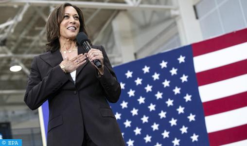 """Présidentielle US: Kamala Harris fait l'unanimité chez les démocrates, qui saluent un choix """"historique"""""""