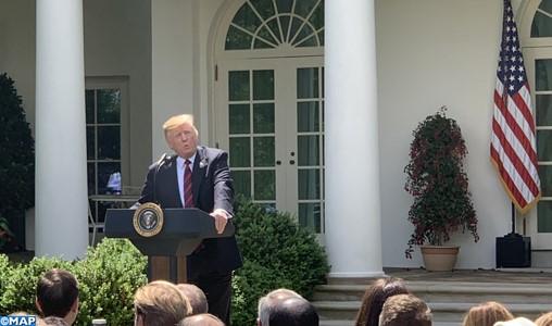 Nouveau juge à la Cour suprême: Trump peut relancer sa campagne et transformer l'Amérique