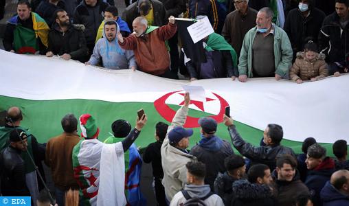« En Algérie, le Hirak renaît, le pouvoir bégaie» (Journal français)